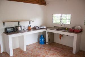 Siquijor IMG 0312 300x200 - Mango Tango - Guest House