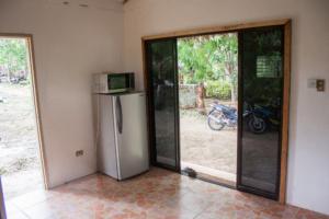 Siquijor IMG 0322 300x200 - Mango Tango - Guest House