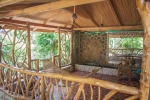 Siquijor IMG 0407 300x200 - Mango Tango - Guest House