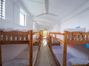 Siquijor GOPR9857 300x225 - Fazenda Dormitory