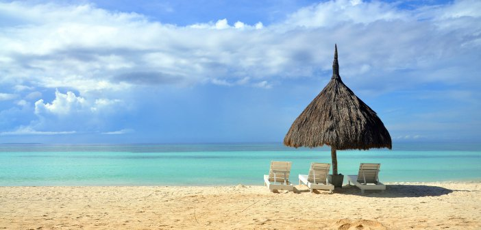 Siquijor sea 2720593 1920 702x336 - Cost of holidays in the Philippines – for how long to go there?
